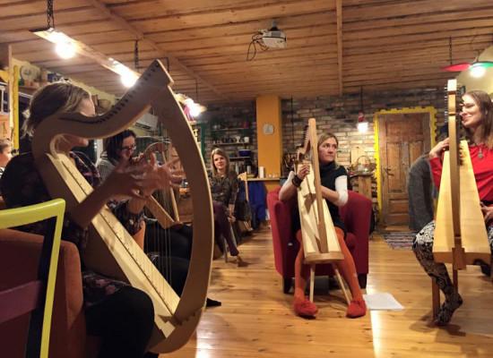 Valmistasime ise Harfid ja nüüd heliseme koos